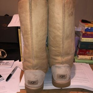 Tall, sand colored women's Ugg boots size 8